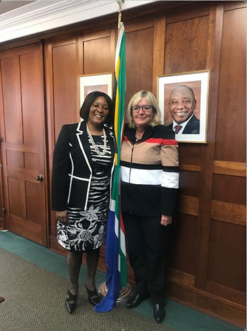 Deidre Penfold meets with the South African High Commissioner